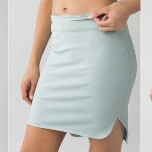 Lululemon high low city skirt minty green